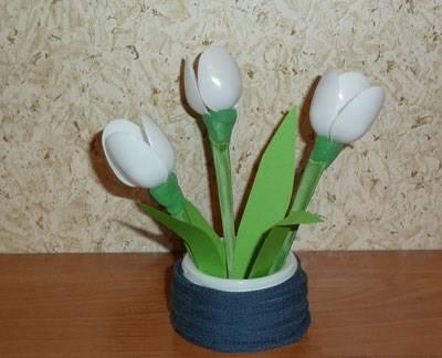 Ձնծաղիկներ՝ մեկանգամյա օգտագործման գդալներից